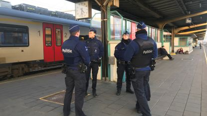 Politie controleert álle passagiers op 16 treinen en vindt 3 illegalen