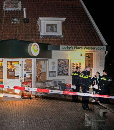 Loenense minderjarige 'chauffeur' van overvallers snackbar vrijgesproken: bleek toch geen ritje naar Mc Donald's