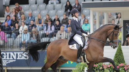 Jorinde Verwimp en Laurence Roos vlot naar Kür in Mechelen