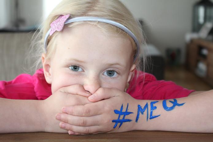 Emma van der Pluijm uit Hank heeft Q-koorts. D66 wil een ton beschikbaar stellen om de gevolgen van de ziekte bij kinderen te onderzoeken.