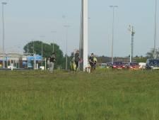 Spontane herdenking op ongevalslocatie A1 bij Deventer