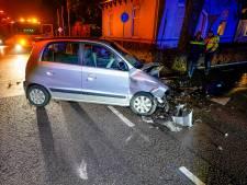 Vrouw verliest duim bij autobotsing in Raamsdonksveer