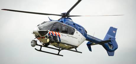 Vier gemaskerde mannen bedreigen Tilburgs gezin; politie speurt gebied af