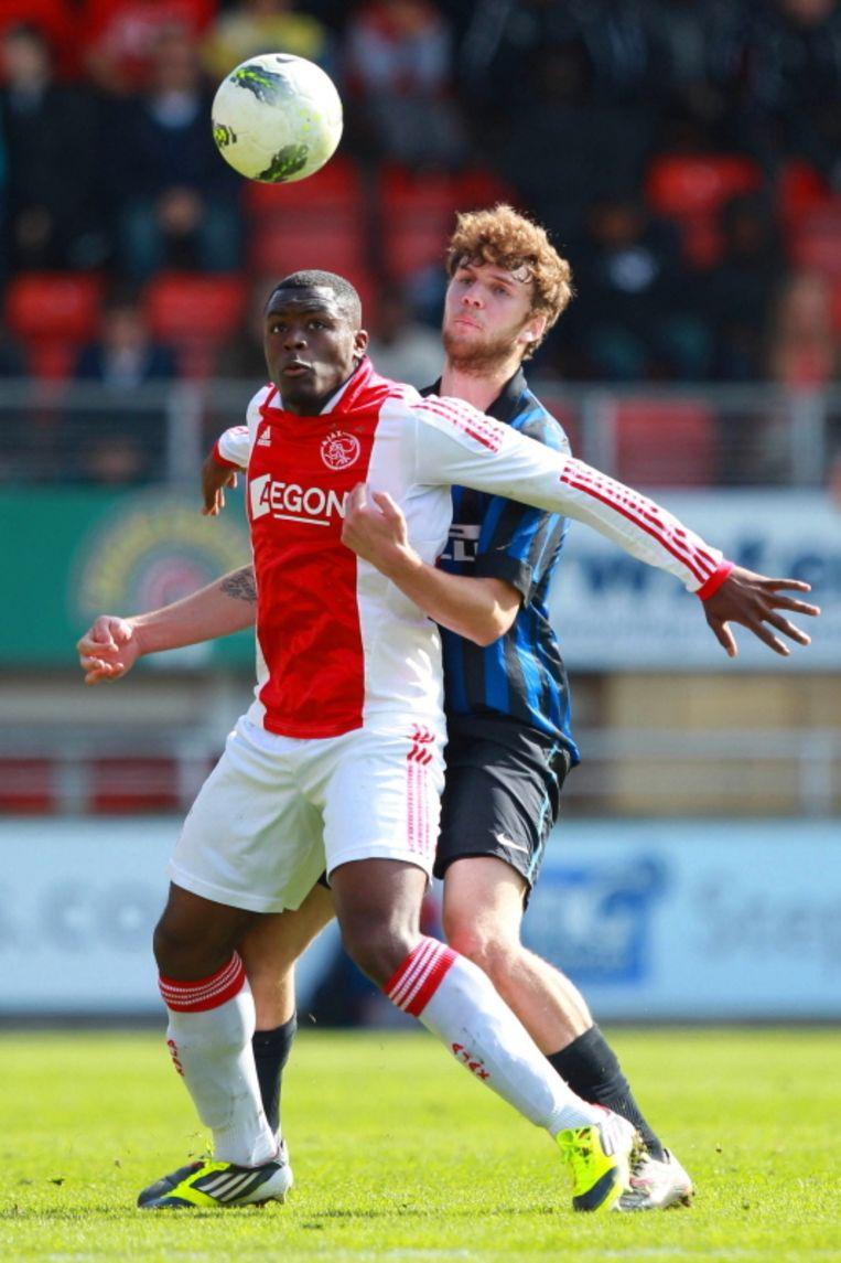 Denzell Gravenberch in de finale van de Next Gen, die Ajax na strafschoppen verloor van Internazionale. Beeld Pro Shots