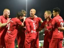 Almere City blijft ongeslagen, FC Dordrecht verlaat laatste plaats na zege
