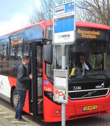 Openbaar vervoer in West-Brabant op de schop: even bellen en de E-dorpsbus rijdt voor in Sprundel en St. Willebrord