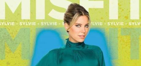 Sylvie gaat Meisje Djamila achterna als strenge conrector