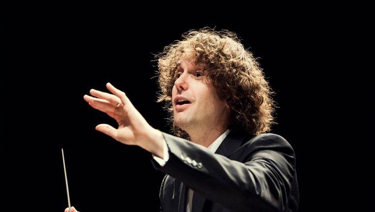 Dirigent Nicholas Collon. Beeld Maarten Fleskens