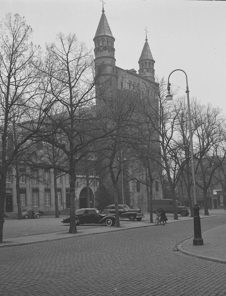 De Onze Lieve Vrouwebasiliek in Maastricht. Beeld Co Zeylemaker