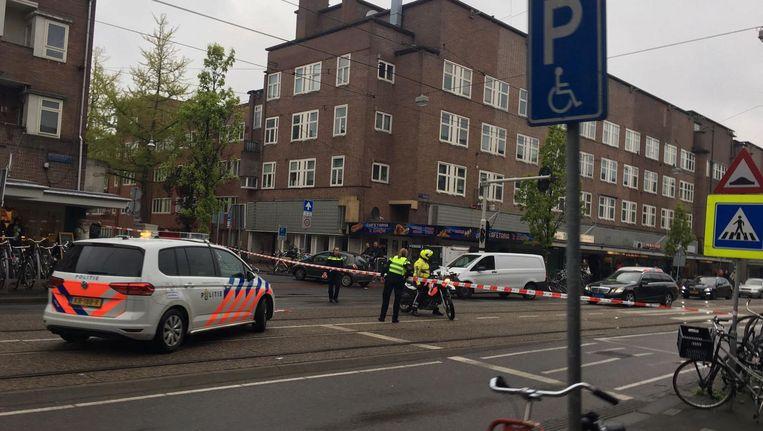 De Jan Evertsenstraat was tijdelijk afgezet. Beeld Kim Bron
