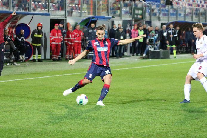 Moreno Rutten in actie voor Crotone.