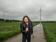 Rockzanger Jan Hoving: Band of boerderij? Ik wil beide!