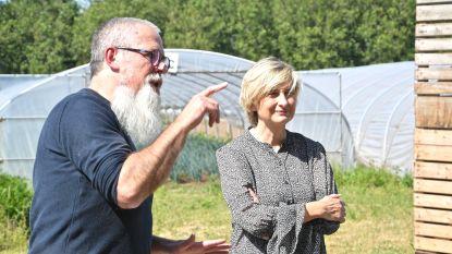 Minister Crevits bezoekt De Lochting en brengt subsidie mee
