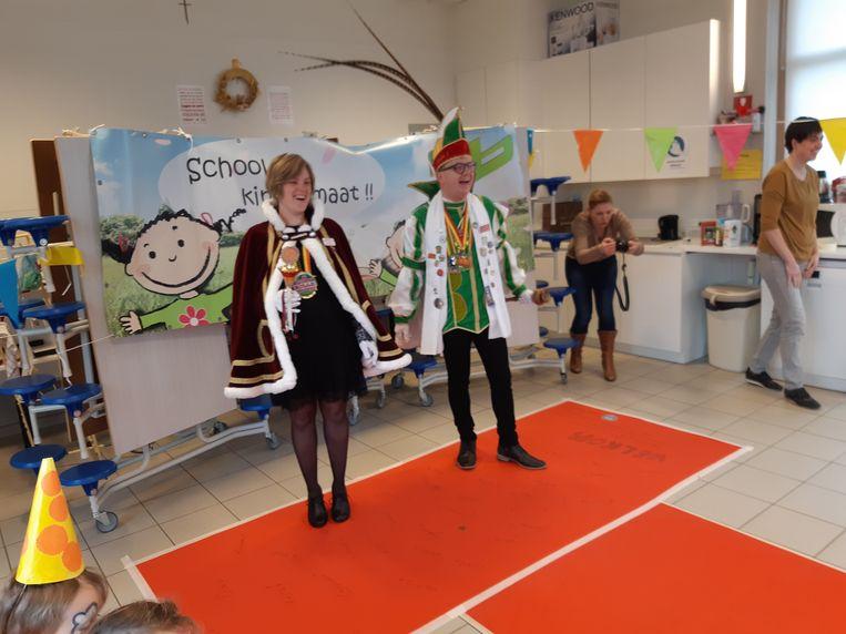 Prins Sandro en prinses Stephanie trokken donderdag naar de Pezelschool.