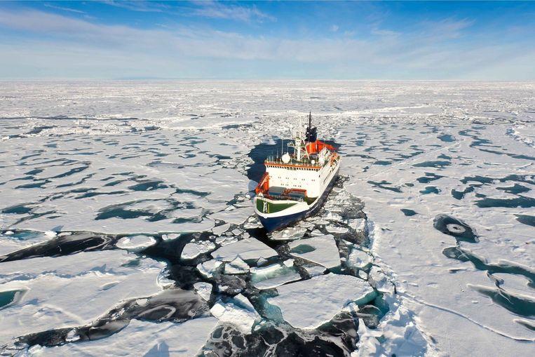Een schip bij de Noordpool