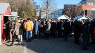Inwoners vieren het nieuwe jaar met lokale lekkernijen en speech