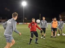 Voetballers Terneuzen trainen als het nog nét mag