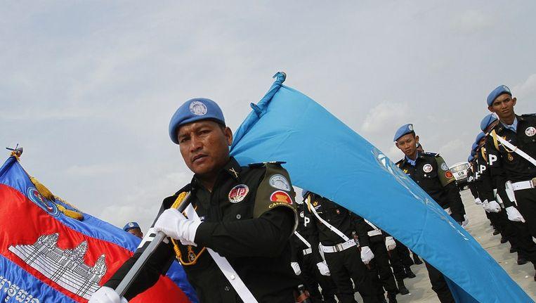 Cambodjaanse VN-soldaten in Phnom Penh voordat ze naar Zuid-Sudan afreizen. Beeld reuters