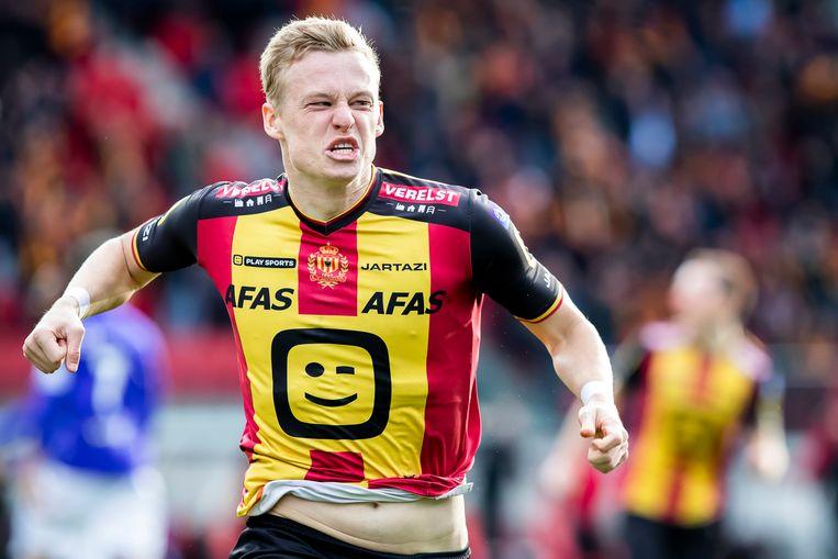 Nikola Storm na zijn doelpunt tegen Beerschot-Wilrijk.