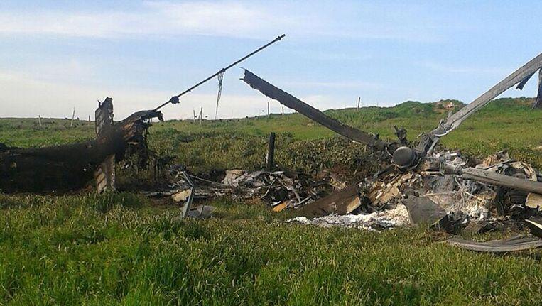 Restanten van een Azerbeidzjaanse helikopter die volgens het ministerie van Defensie in Bakoe door Armenië is neergehaald. Beeld afp