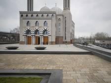 Nieuwe bestuurders voor verdeelde Essalam Moskee