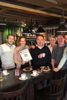 De Toren jubelt om zevende plek in Café Top 100: 'Dit zijn medewerkers die je ieder bedrijf toewenst'