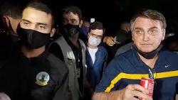 President Bolsonaro lapt opnieuw coronamaatregelen aan zijn laars