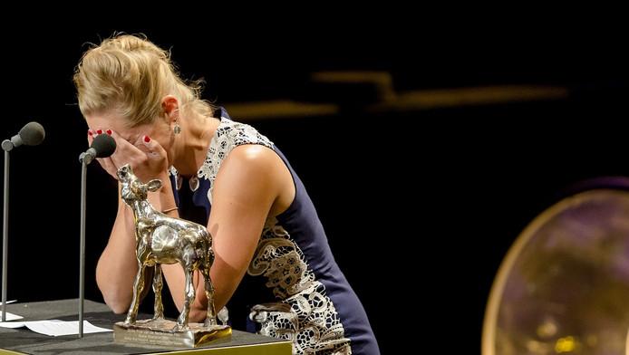 Anne Barnhoorn met een Gouden Kalf voor Beste Scenario voor Aanmodderfakker