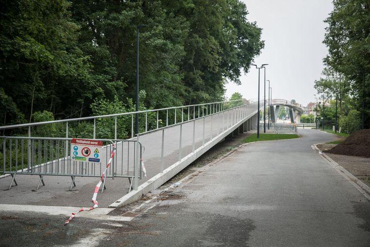 De Parkbosbruggen over de Ringvaart.