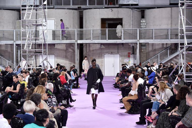 De Raf Simons show voor SS 2020 tijdens Paris Fashion Week.  Beeld Getty Images