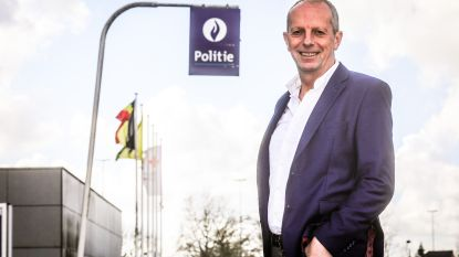 """Eddy Van Daele (59) stopt na achttien jaar als korpschef van politiezone Het Houtsche: """"Wil meer tijd met familie doorbrengen"""""""