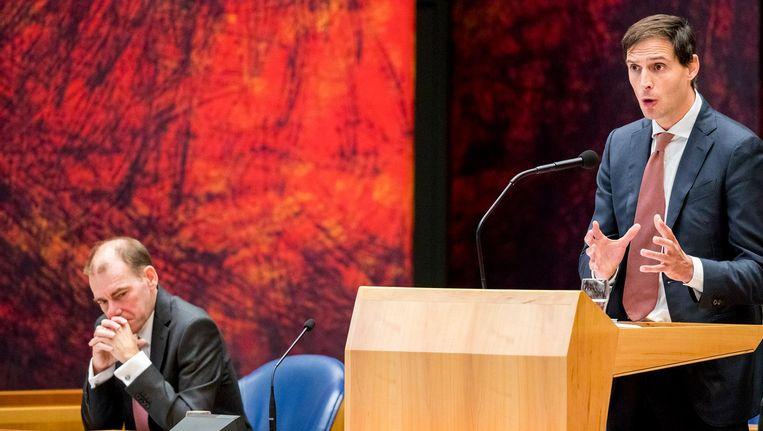 Minister Wopke Hoekstra van Financiën (CDA) en staatssecretaris Menno Snel van Financiën (D66) tijdens de Algemene Financiële Beschouwingen in de Tweede Kamer. Beeld anp
