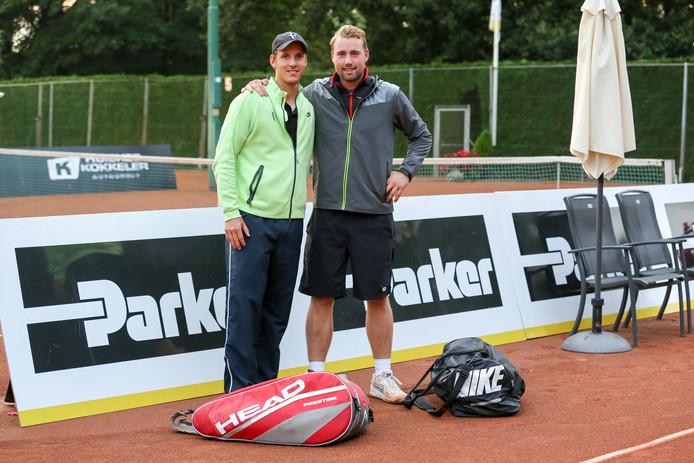 Justin Eleveld en Mike Luttikhuis wisten vrijdag hun partij in de kwartfinale van het Future-toernooi in Oldenzaal niet te winnen.