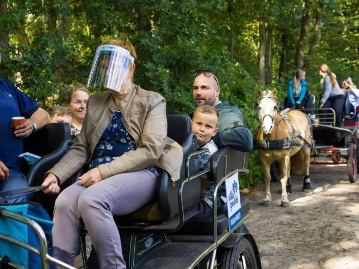 'Morrende mannen' willen met paard en wagen weer zieke kinderen blij maken