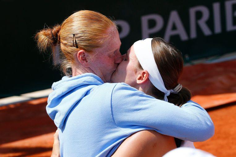 Greet Minnen staat dicht bij de hoofdtabel op Roland Garros en daar is ook partner Alison Van Uytvanck erg blij mee.
