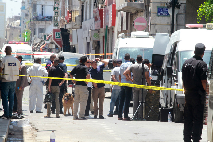 NEWS : Deux attentats suicides - Tunis - 27/06/2019 suicider bomber kills police officier in tunisia Deux attentats suicides - Tunis only BELGIUM !