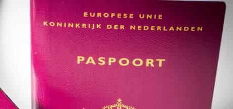 Inwoners kunnen paspoort weer ophalen in 's-Heerenberg, in toekomst wellicht bezorgservice