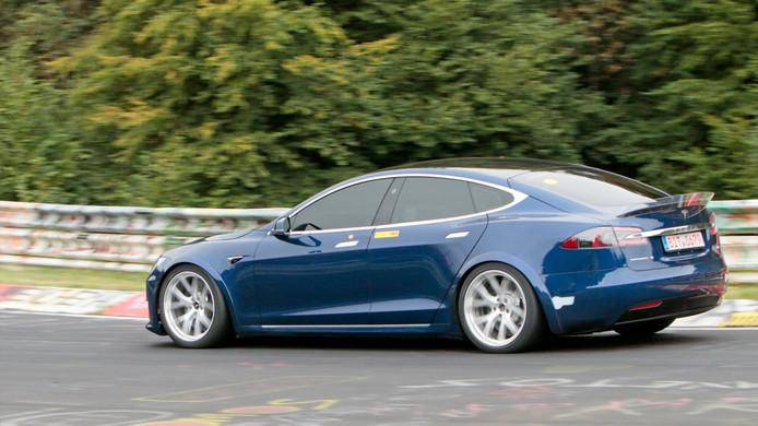 Tesla Model S 'Plaid' op de Nürburgring