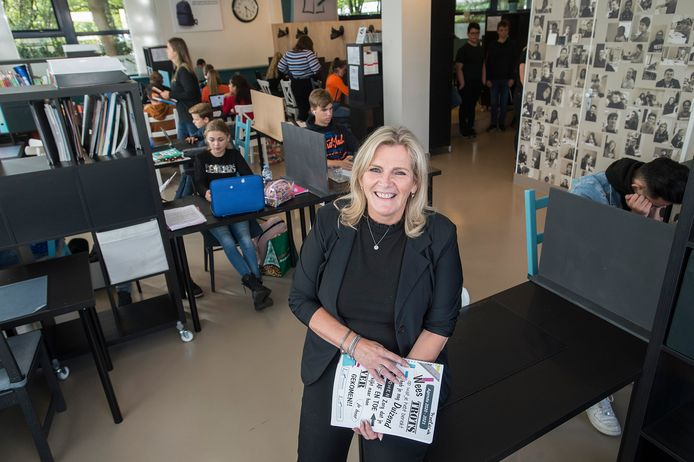 """Diana Teunissen, directeur van Huiswerkbegeleidingsinstituut Etten-Leur en Prinsenbeek. ,,De behoefte groeit, ook omdat steeds meer van jongeren wordt gevraagd en ouders minder tijd hebben dan vroeger."""""""