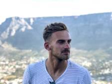 Maandag trainde Peter Leeuwenburgh nog buiten in Kaapstad, nu zit de Lelystedeling in lockdown