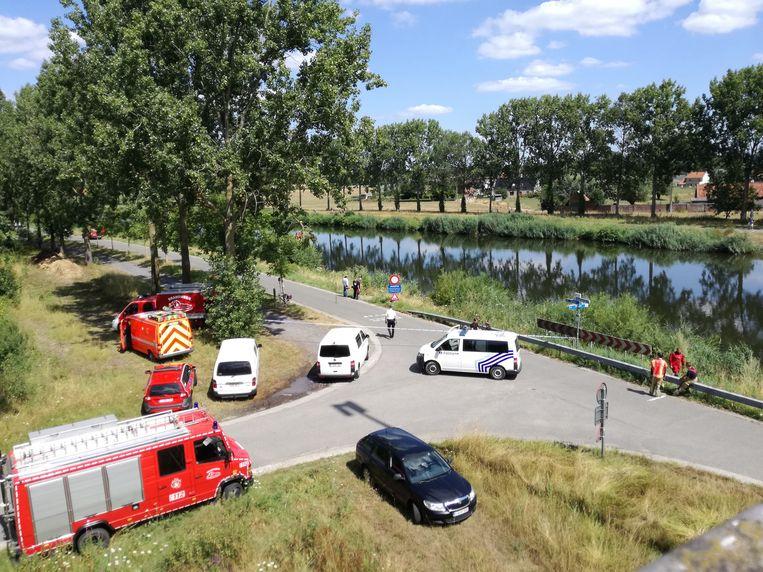 Brandweer, politie en parket zijn ter plaatse.