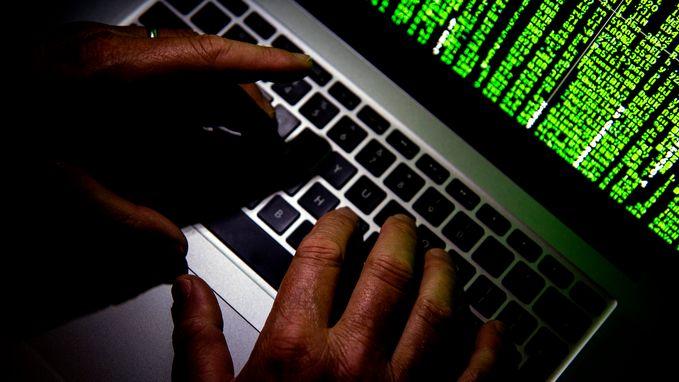 Hacker (31) verdacht van miljoenenfraude: fortuin geparkeerd in belastingparadijzen