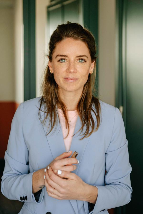Onderhandelingscoach Merel van der Wouden helpt haar klanten aan een beter salaris.