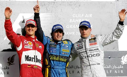 Het podium na de Grand Prix van Bahrein in 2006. Vlnr: Michael Schumacher, Fernando Alonso, Kimi Räikkönen