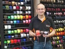 John maakte van schoenmakerij een veterwinkel en dat bleek een gat in de markt: 'We hebben 550 soorten'