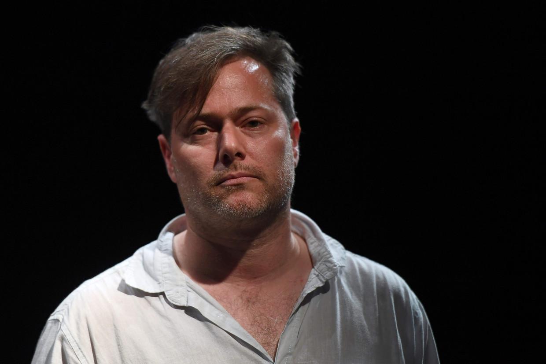 De Zwitserse theatermaker Milo Rau. Zijn voorstelling 'Familie' heeft in België voor de nodige ophef gezorgd.