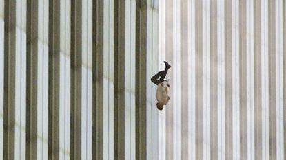 Mysterie rond 'vallende man' van 9/11 nog altijd niet opgelost