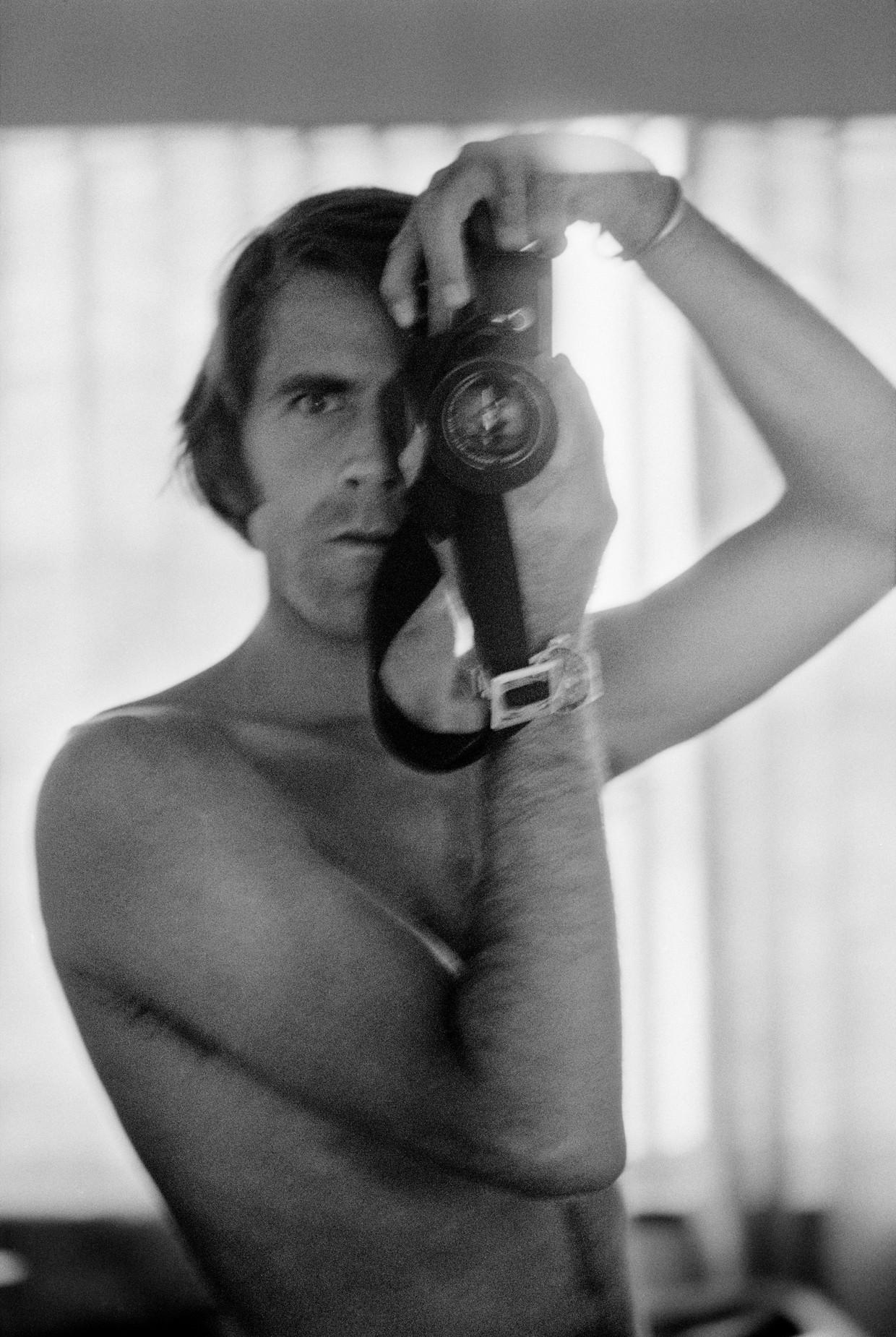 Zelfportret, Chas Gerretsen (1974).   Beeld Chas Gerretse/ Nederlands Fotomuseum