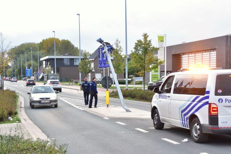 De politie voerde een sporenonderzoek op de plaats van het ongeval.