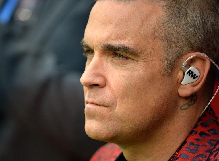 Kleurplaten Belgisch Voetbal.Robbie Williams Bedwingt Zijn Rookverslaving Met Kleurplaten